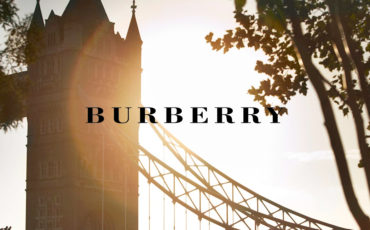 WATCH BURBERRY WOMENSWEAR SS16 NOW LIVE!